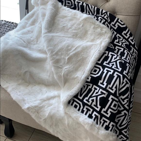 Pink Victoria S Secret Bedding Pink Blanket Faux Fur Blackwhite